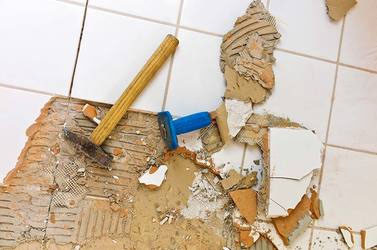 who offers floor tile removal vero beach?